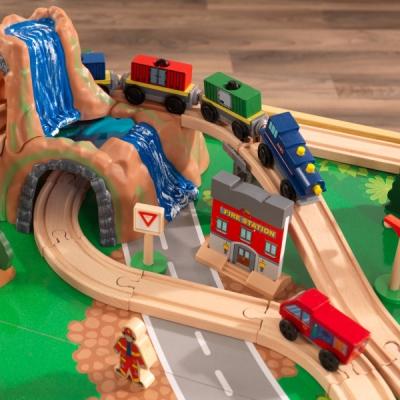speeltafel met treinbaan - Adventure Town - 120 delig (18025)